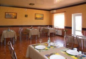 Ресторан гостиницы Севастополь. Зал ресторана гостиницы Качинская, Севастополь